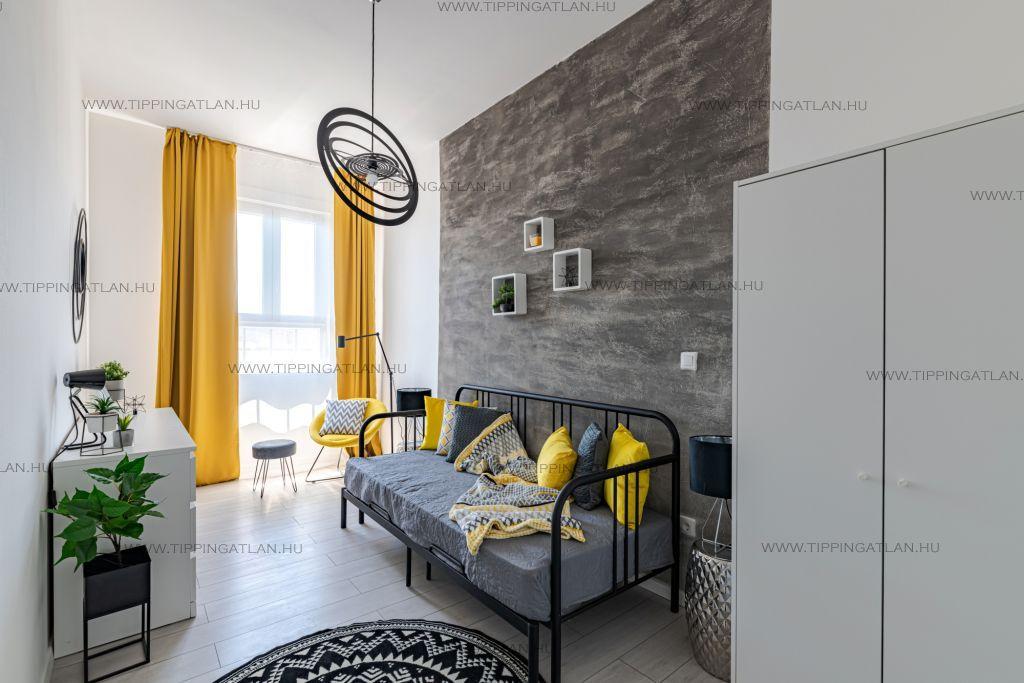 Eladó 95 m2 lakás - Budapest VIII.