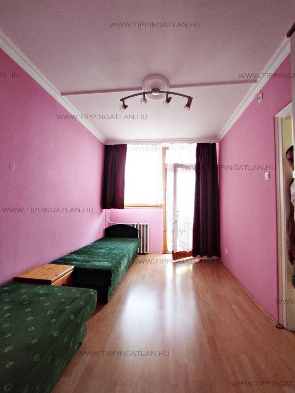 Eladó 52 m2 lakás - Budapest VIII.