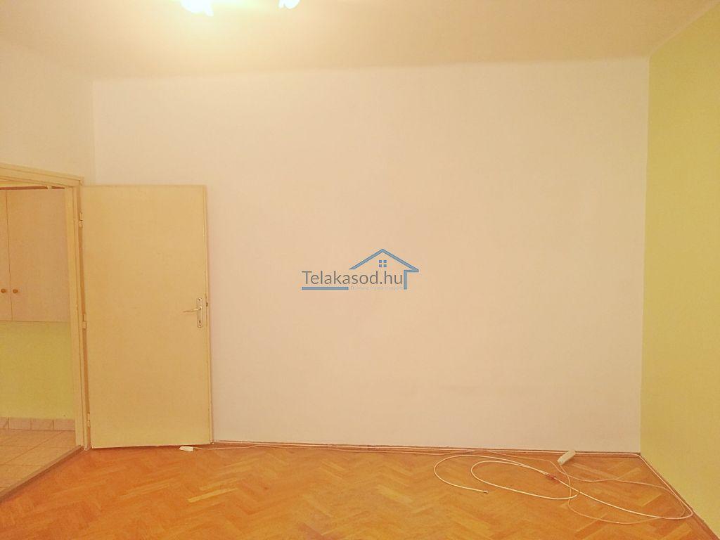 Eladó 37 m2 lakás - Budapest X.