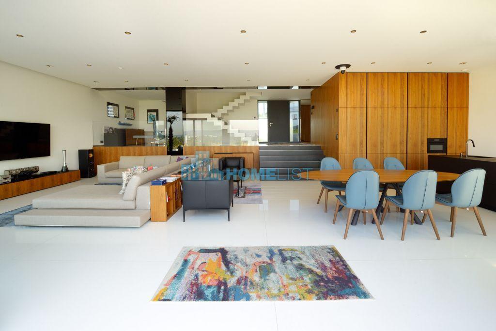 Eladó 490 m2 ház - Budapest XI.