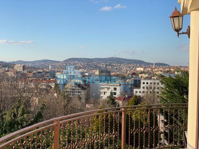 Eladó 430 m2 ház - Budapest I.