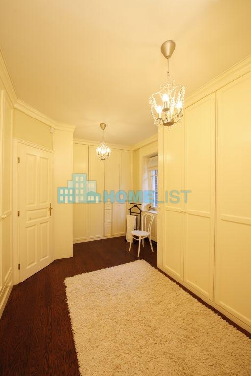 Eladó 430 m2 ház - Budapest XII.