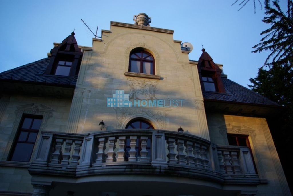 Eladó 306 m2 ház - Budapest XII.