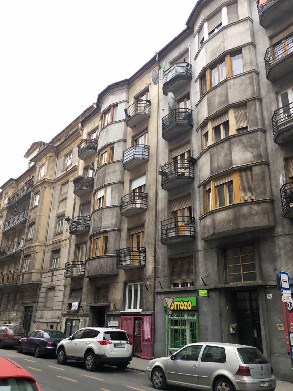 Eladó 39 m2 lakás - Budapest XIII.