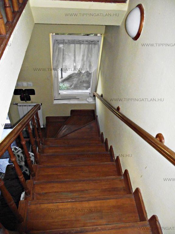 Eladó 230 m2 ház - Budapest XIII.