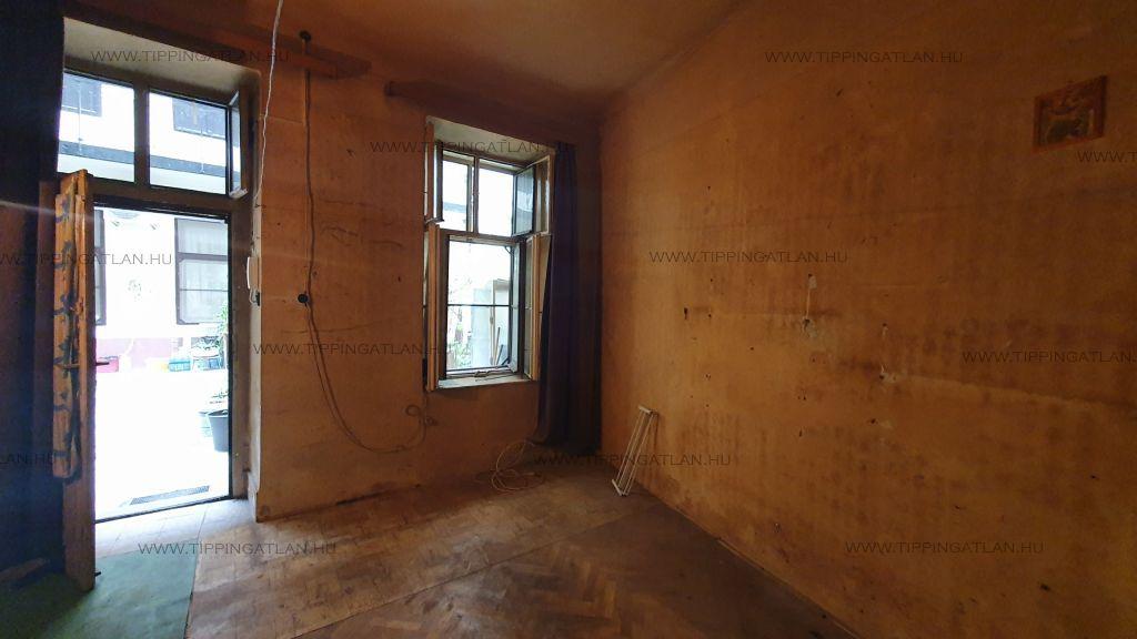 Eladó 18 m2 lakás - Budapest XIII.