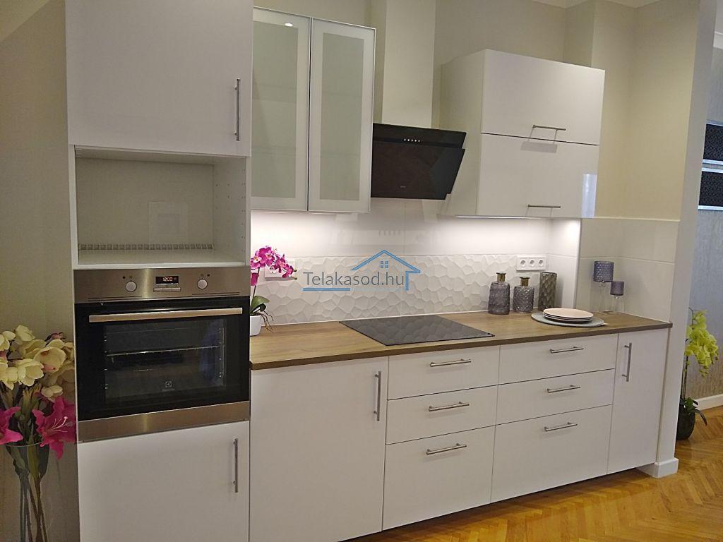 Eladó 74 m2 lakás - Budapest XIII.