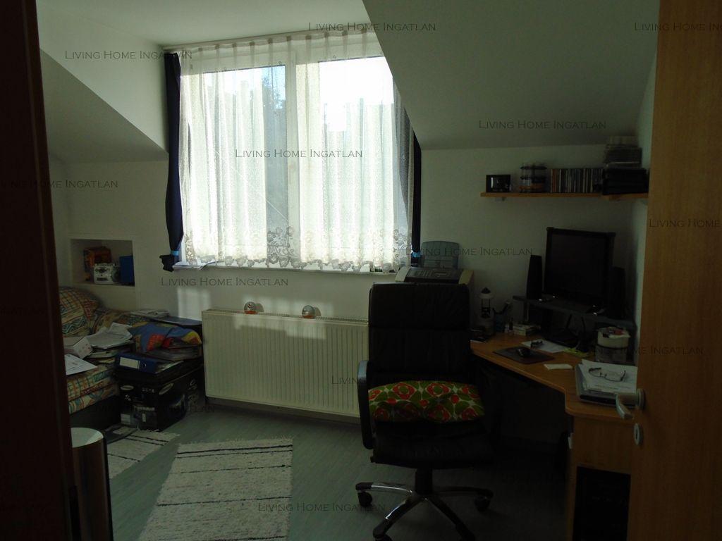 Eladó 300 m2 ház - Budapest XIV.