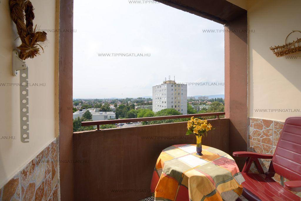 Eladó 64 m2 lakás - Budapest XV.