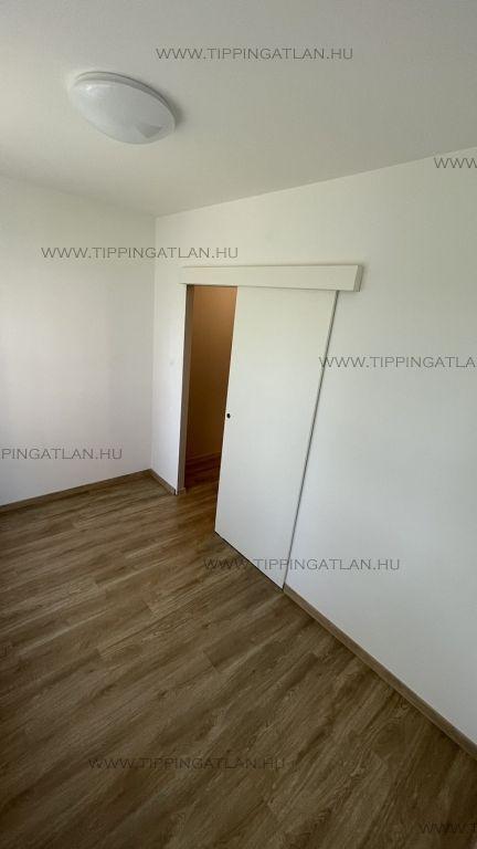 Eladó 35 m2 lakás - Budapest XV.