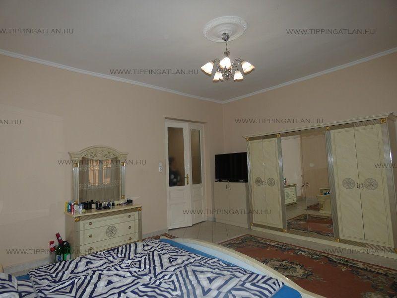 Eladó 182 m2 ház - Budapest XXIII.