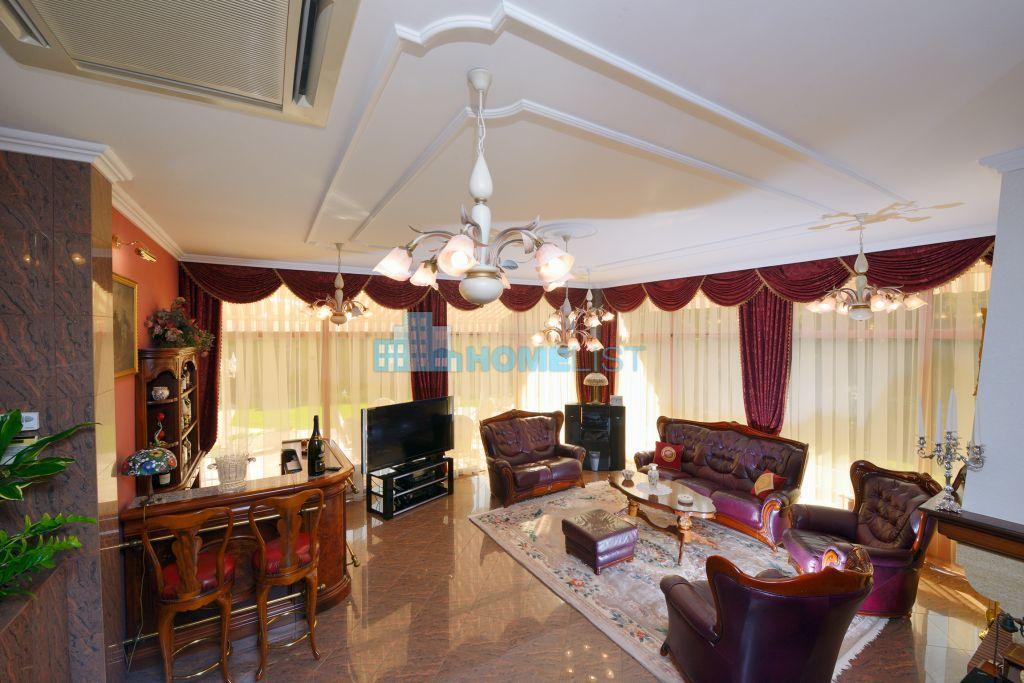 Eladó 861 m2 fejlesztési terület - Dunakeszi
