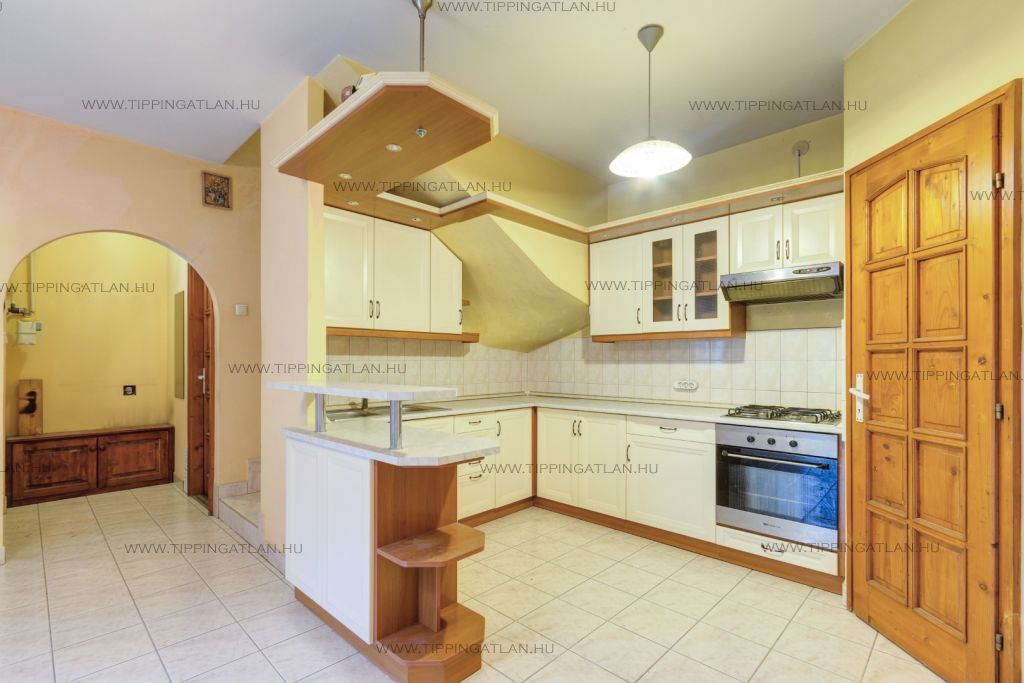 Eladó 66 m2 lakás - Szentendre
