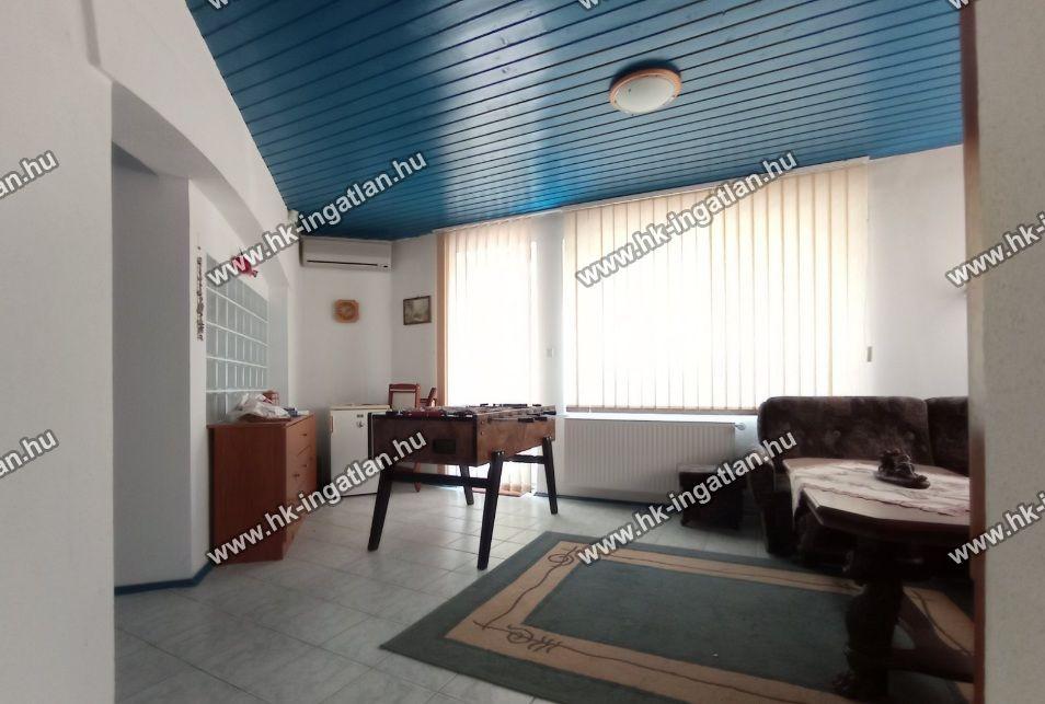Eladó 170 m2 ház - Szigetszentmiklós