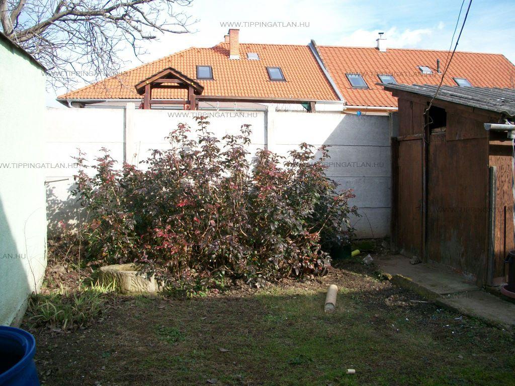 Eladó 168 m2 ház - Vác