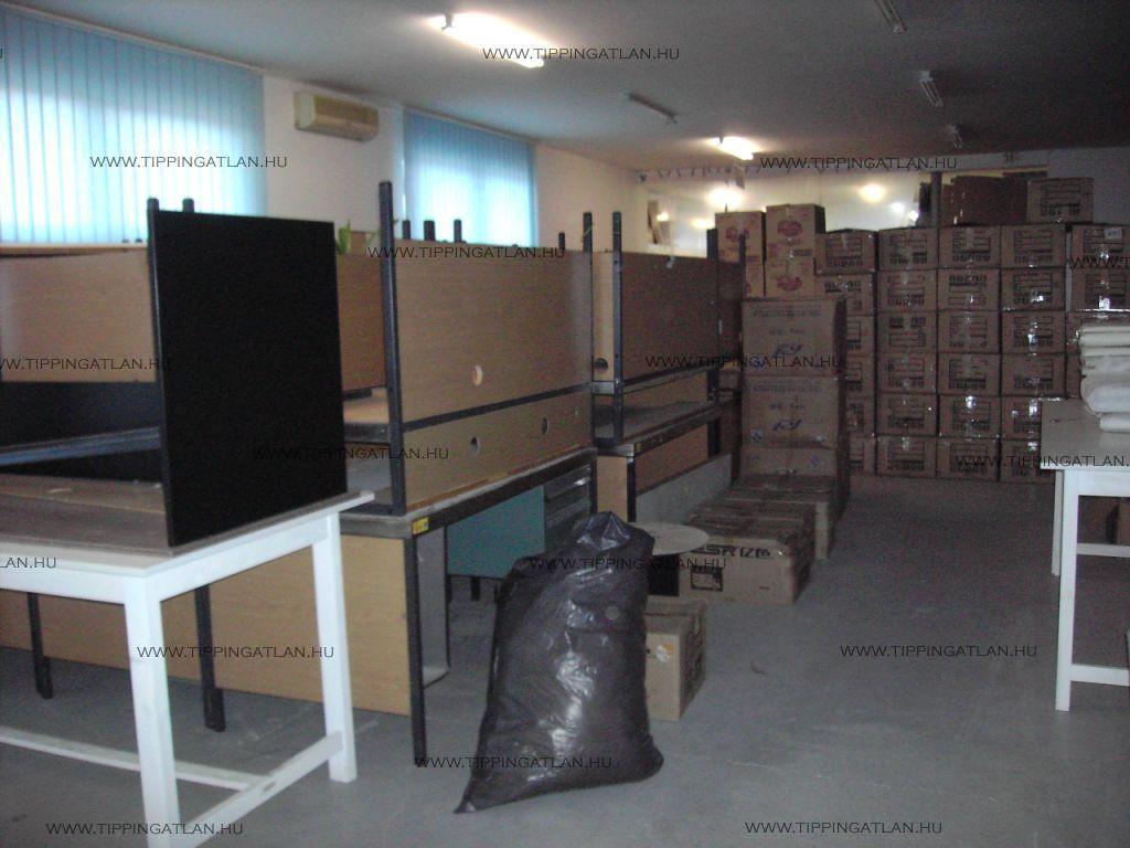 Eladó 5809 m2 telek - Vác