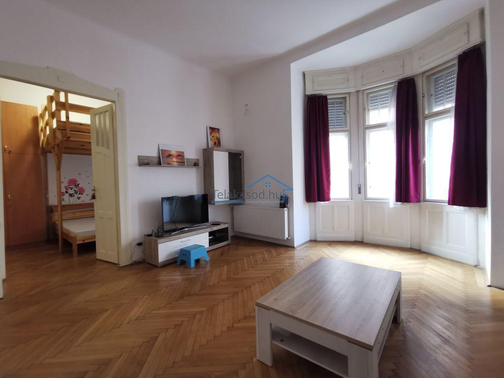 Kiadó 83 m2 lakás - Budapest II.