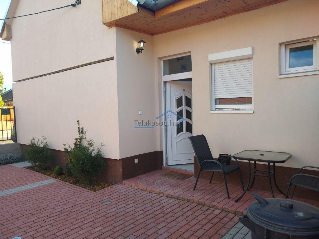 Kiadó 50 m2 lakás - Budapest IV.
