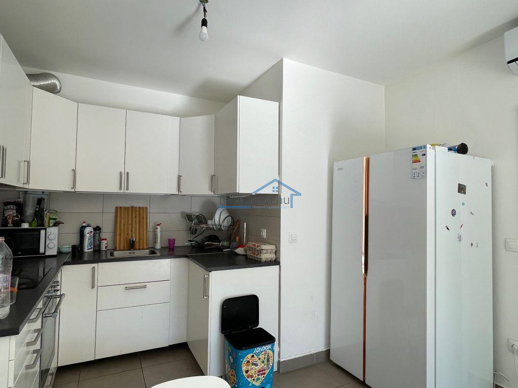 Kiadó 65 m2 lakás - Budapest VIII.