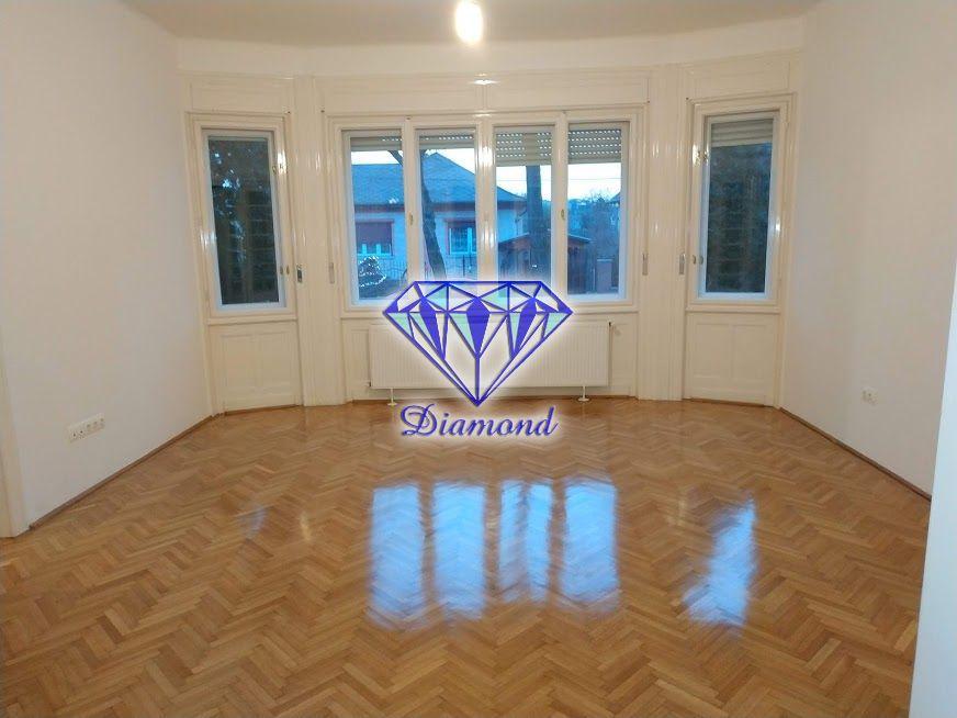 Kiadó 150 m2 ház - Budapest X.